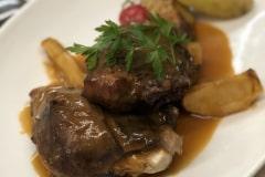Restaurante-La-Pubilla-Esplugues-De-Llobregat-Carne-Horno-Manzana-Asada-Fin-De-Semana