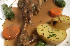 Restaurante-La-Pubilla-Esplugues-De-Llobregat-Pierna-Cabrito-Horno